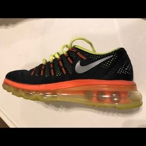 Nike Shoes - Nike AirMax Youth Sneakers - Size 4.5